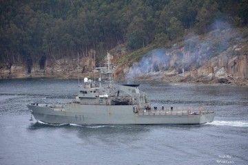 """El patrullero """"Serviola"""", a su salida de su base en Ferrol"""