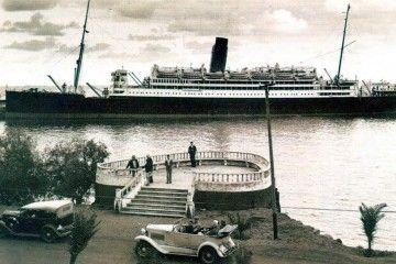"""El trasatlántico británico """"Almanzora"""", atracado en el puerto de Santa Cruz de La Palma"""