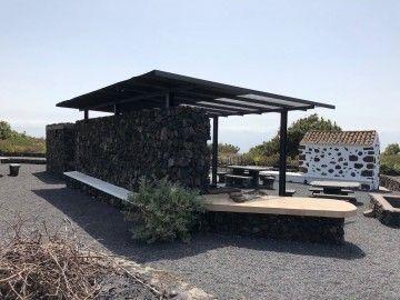 El recinto de la Cruz del Llano del Tanque resume las tradiciones de Fuencaliente