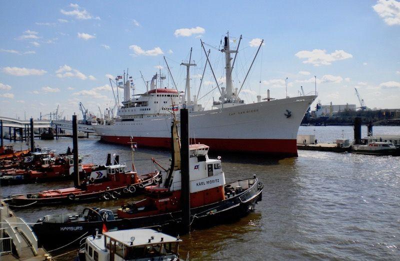 """El buque """"Cap Sam Diego"""", conservado como museo en el puerto de Hamburgo"""