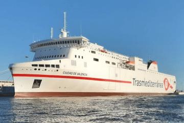 """El ferry """"Ciudad de Valencia"""", la gran novedad de la línea Cádiz-Canarias en 2020"""
