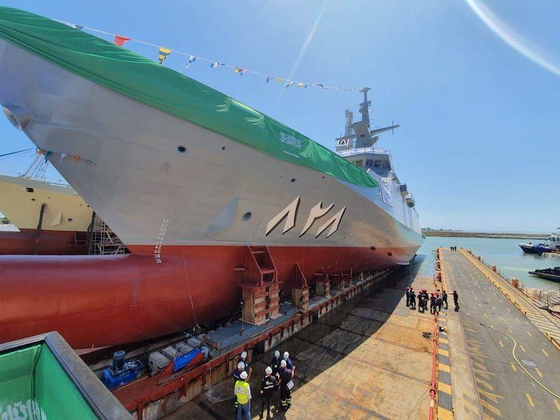 Es el primero de cinco buques para la Real Marina saudí