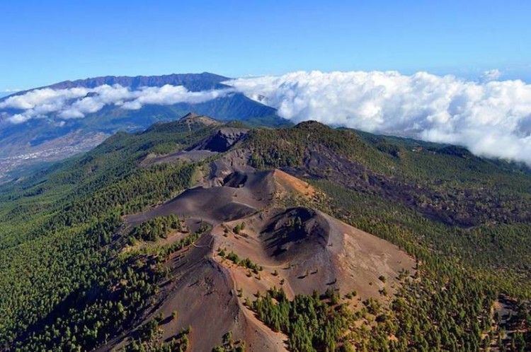 Panorámica parcial de los volcanes de Cumbre Vieja