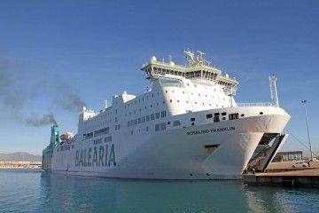 """Buque """"Rosalind Franklin"""" atracado en el puerto de Palma"""