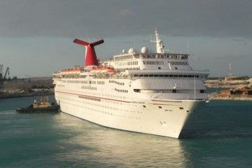 """El buque """"Carnival Fantasy"""", en su época de esplendor"""