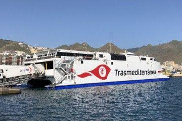 """El catamarán """"Villa de Agaete"""" tiene wifi de alto rendimiento"""
