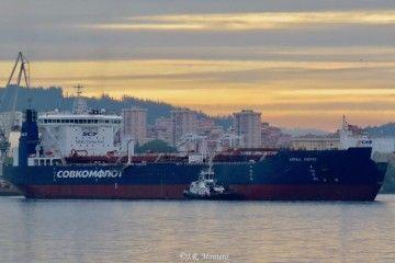 """El buque petrolero shuttle ártico """"Kiril Lavrov"""", en Ferrol"""