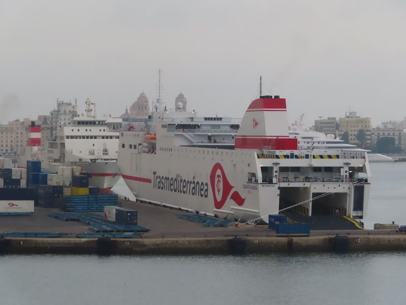 """El ferry """"Ciudad de Cádiz"""" es el mayor de su clase que opera en la línea Cádiz-Canarias"""