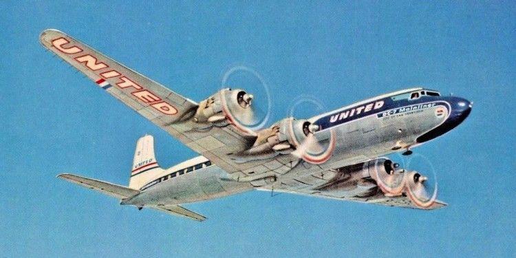 Postal del avión Douglas DC-7 de United