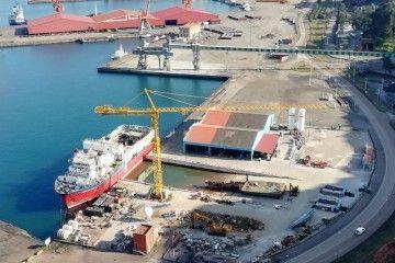 """El buque """"Aquila Explorer"""" ya se encuentra en fase de desguace"""