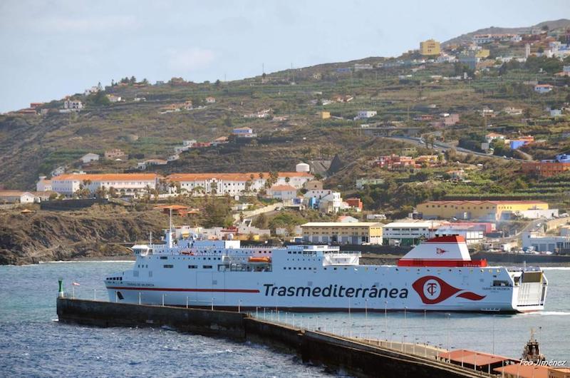 Maniobra de salida del puerto de Santa Cruz de La Palma