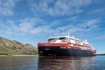 """El buque """"Roald Amundsen"""", foco de un brote de coronavirus"""