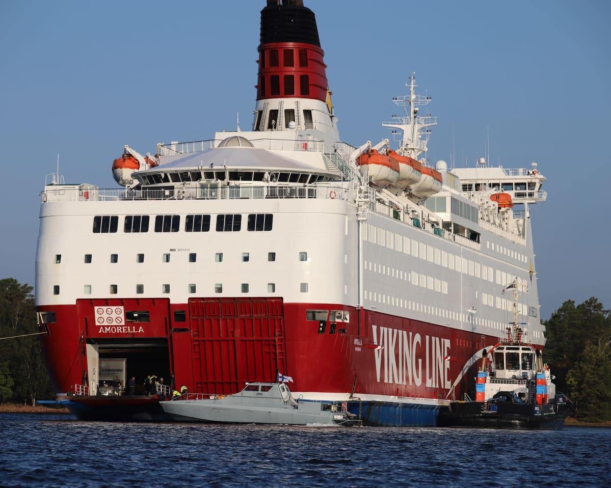 """El ferry """"Amorella"""" embarrancó intencionadamente el pasado domingo"""