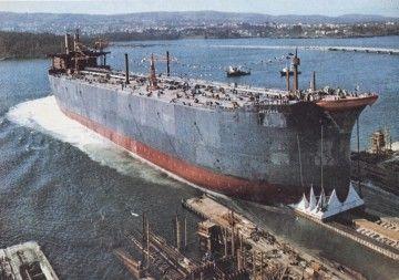 """Botadura del petrolero """"Arteaga"""" (15 de abril de 1972)"""