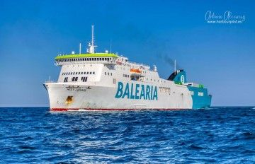 """Hedy Lamarr"", uno de los diez barcos ""pet friendly"" de Balearia"