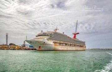 """Estado en el que se encuentra el buque """"Carnival Victory"""" en el astillero de Puerto Real"""