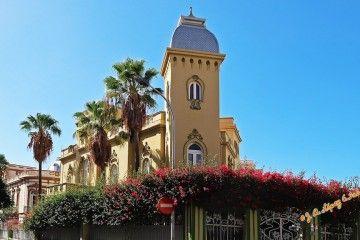 Fachada principal de la Casa Quintero, en la intersección de las calles Viera y Clavijo y Jesús y María