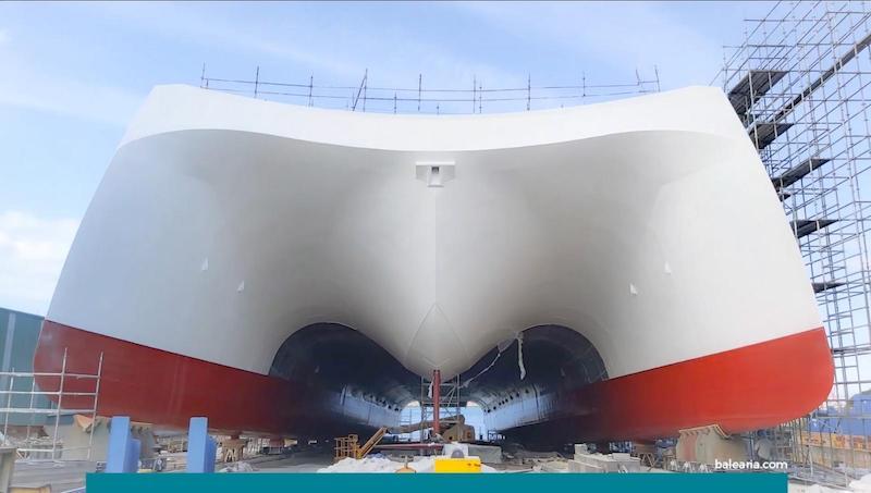 Vista de proa del nuevo catamarán