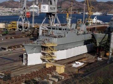 """El buque cazaminas """"Turia"""" se encuentra varado desde hace un año en Navantia Cartagena"""