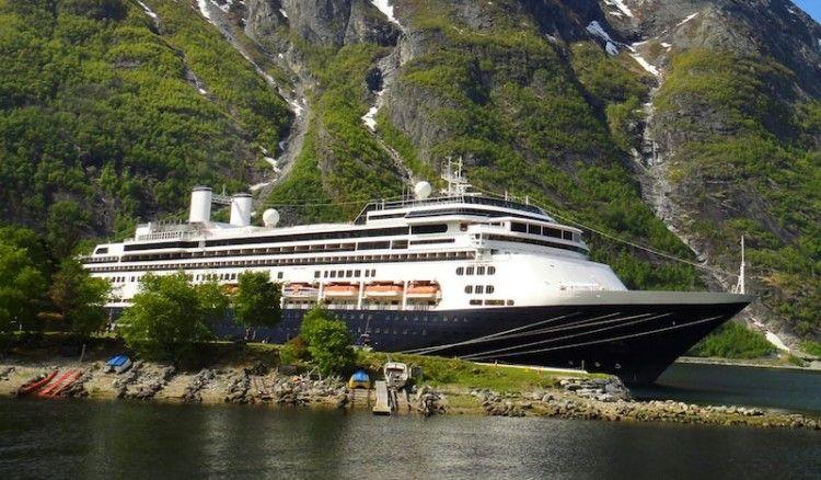 """Los dos """"nuevos"""" barcos de Fred. Olsen proceden de Holland America Line"""
