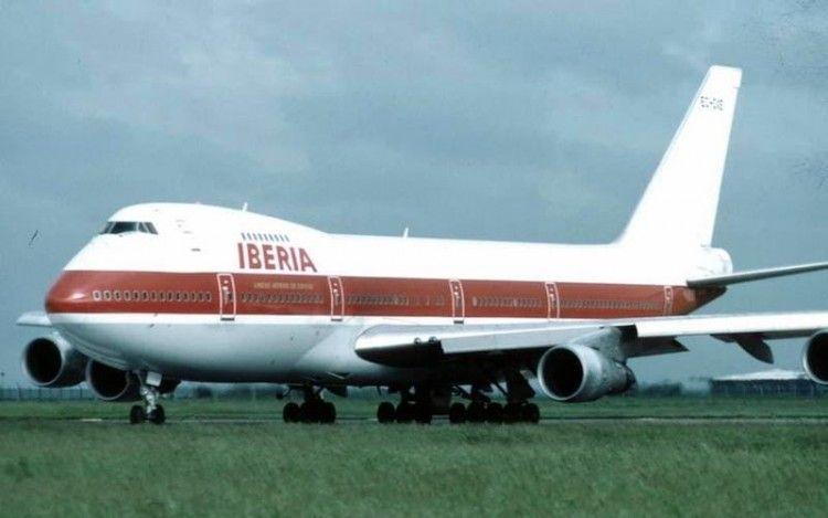 Boeing B-747 serie -133 EC-DXE, alquilado a GPA