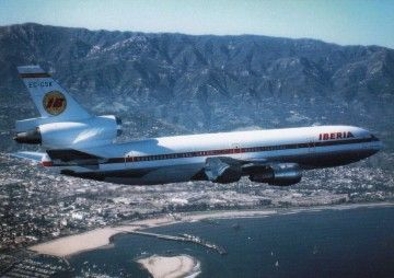 "Excelente imagen del avión Douglas DC-10 EC-CSK ""Cornisa Cantábrica"""