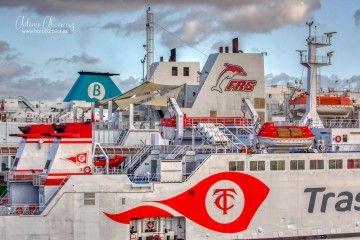 Suma de navieras para el paso del Estrecho en el puerto de Algeciras