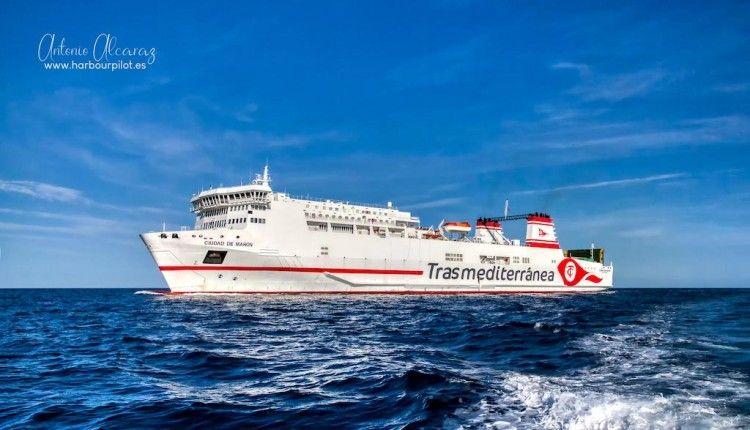 """El ferry """"Ciudad de Mahón"""", a la línea Barcelona-Mahón"""