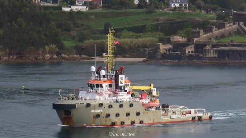 """El remolcador """"Seraya"""" es el encargado del remolque del buque """"Fjord"""""""
