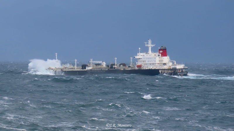 El petrolero va cargado de refinado para Bilbao
