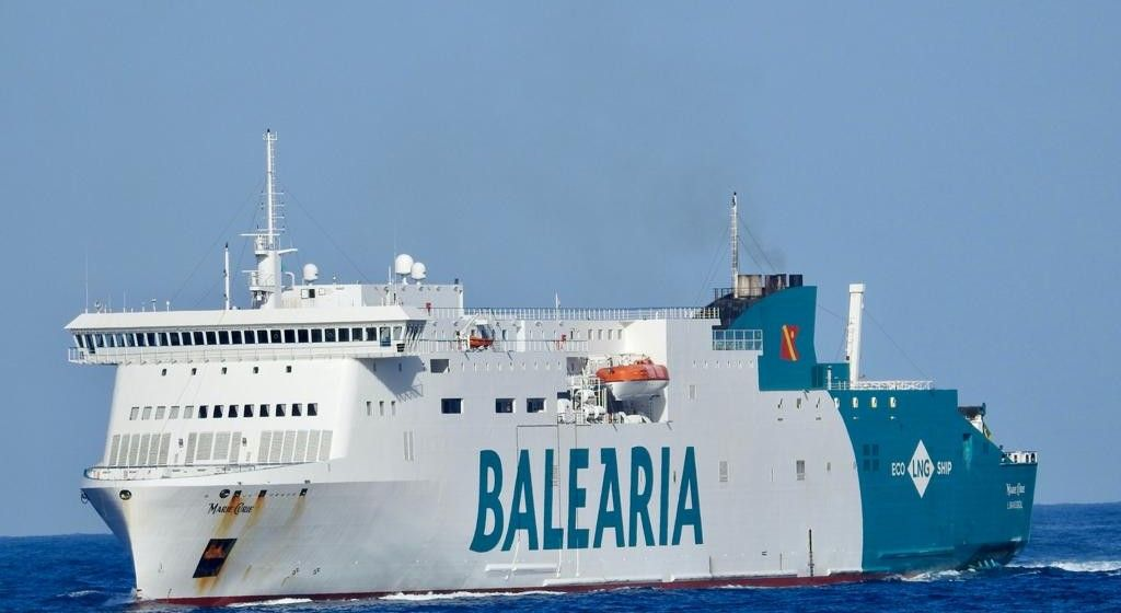"""El buque """"Marie Curie"""", ayer, a su llegada a Las Palmas"""