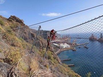 Los trabajos se desarrollan en la montaña de La Altura