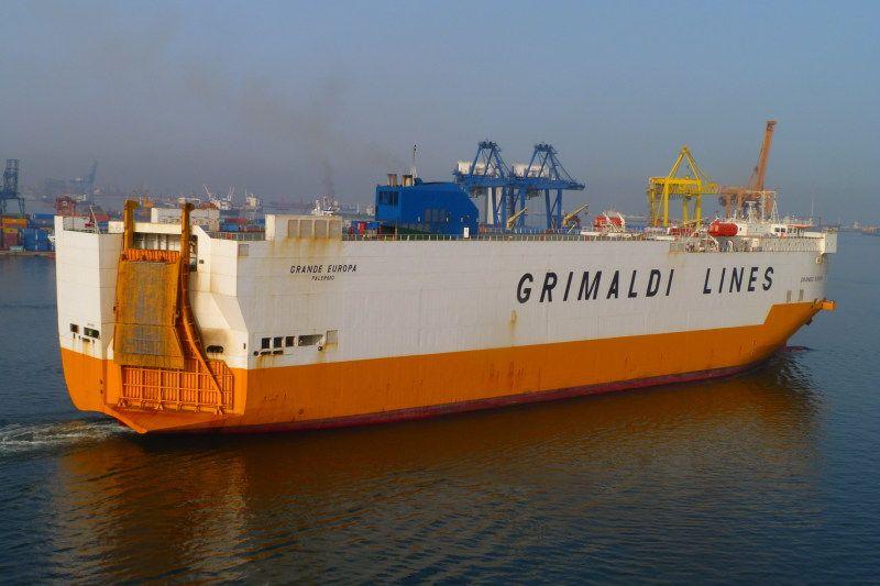 """Segundo incendio en poco más de un año en el buque """"Grande Europa"""""""