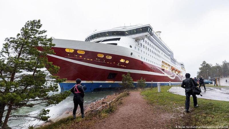 """Situación en la que quedó el ferry """"Viking Grace"""""""