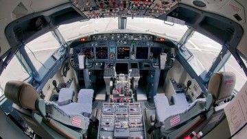 Los pilotos de Air Europa quieren conocer las claves de su futuro profesional