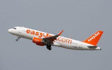 Easyjet vende y alquila sus propios aviones