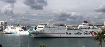 Balearia hará tres viajes y Trasmediterránea dos viajes desde Málaga