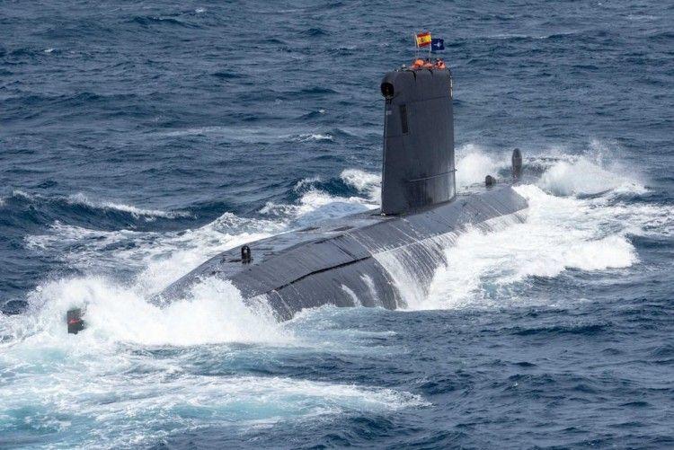"""El submarino """"Tramontana"""", en plena navegación"""