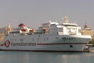 "El ferry ""Juan J. Sister"" vuelve a Málaga"