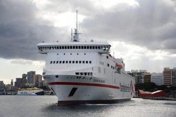 Naviera Armas Trasmediterránea y Fred. Olsen, principales operadores del puerto de Santa Cruz de Tenerife