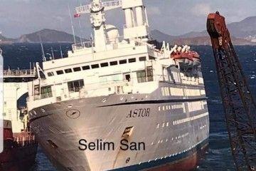 """El buque """"Astor"""", varado en el desguace de Aliaga (Turquía)"""