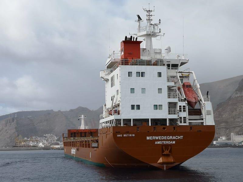 """Vista de la popa del buque """"Merwedegracht"""""""