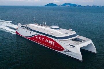 """Este es el nuevo catamarán """"APT James"""", en sus pruebas de mar"""