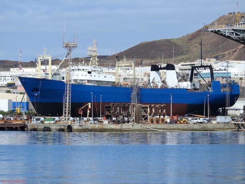 """El pesquero """"Sveaborg"""", en un reciente varada en ASTICAN"""