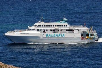 """El catamarán """"Formentera Direct"""", candidato para la línea Melilla-Ghazaouet"""