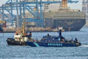 El convoy, a su llegada al puerto de Las Palmas de Gran Canaria