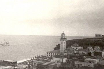 """El buque """"Santa María de la Candelaria"""" se aproxima a la costa de Candelaria"""