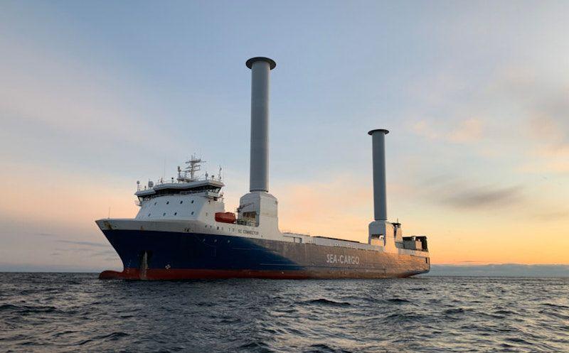 """Los rotores Flettner instalados a bordo del buque """"BC Connector"""""""