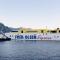 Maniobra de salida esta mañana del puerto de Agaete