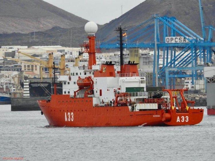 """El BIO """"Hespérides"""", a su llegada al puerto de Las Palmas de Gran Canaria"""